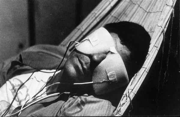 La Jetée (1962) Blind