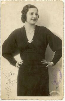 Ita Rina je boravak u gradu na Nišavi ovekovečila u niškom foto-ateljeu S. Dimitrijevića